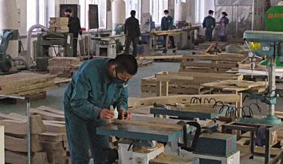 针对性的专业服务 让明珠家居爱上永特耐木工胶生产厂家